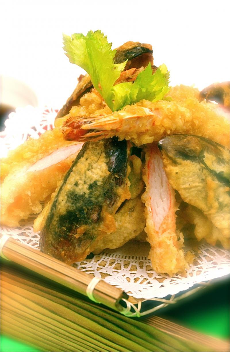 Vegetable Tempura Shrimp and vegetable tempura
